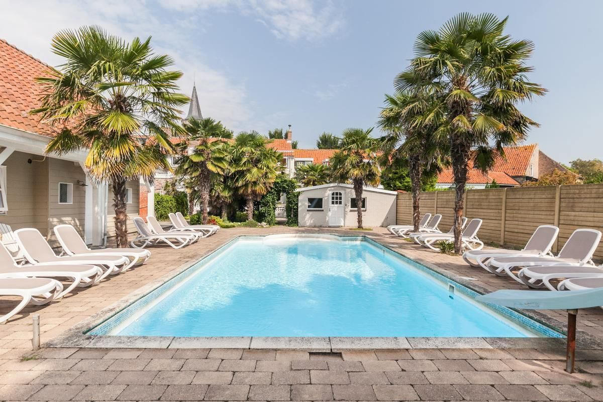 Holiday home Zeeland with swimming pool