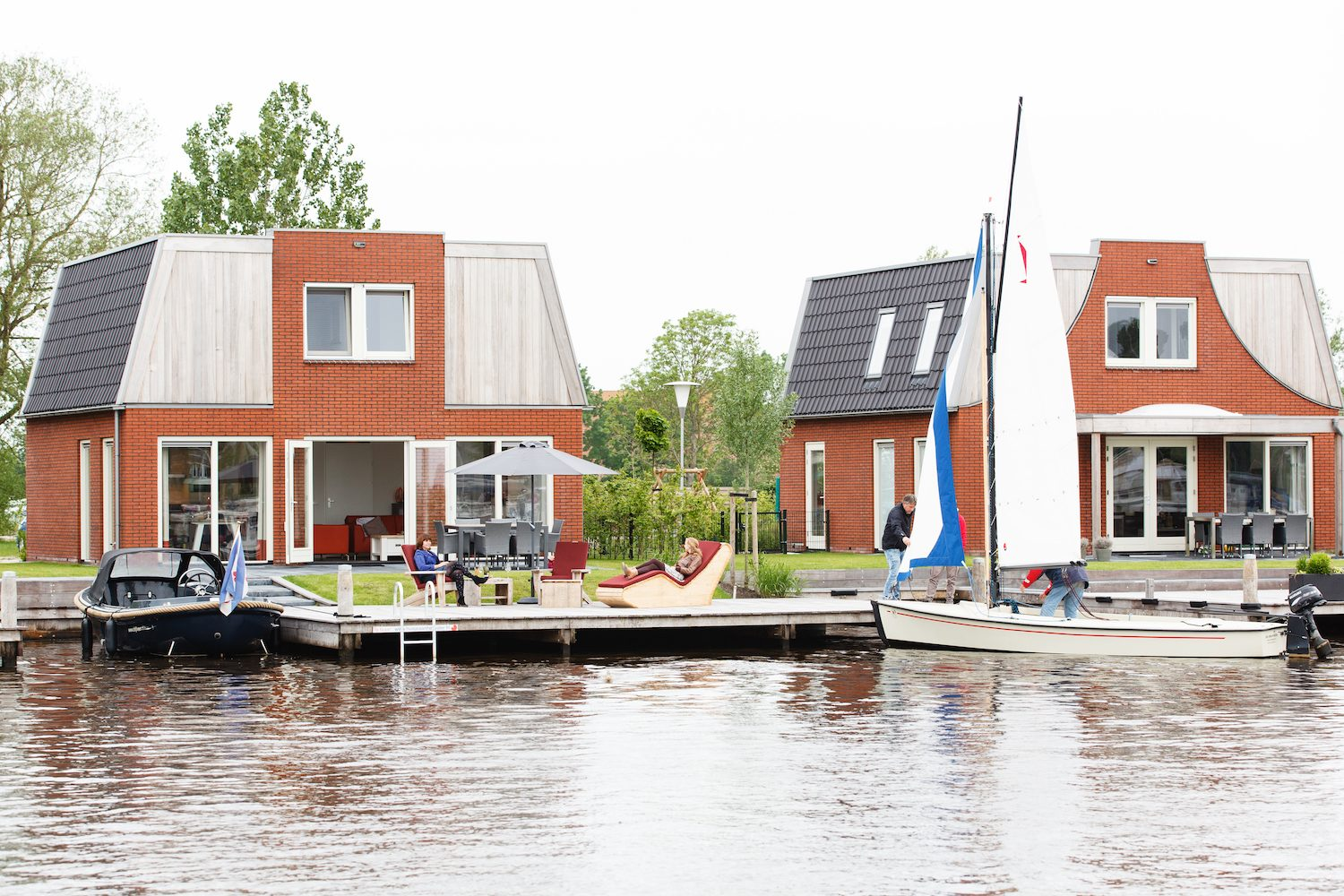 Holiday home with dinghy