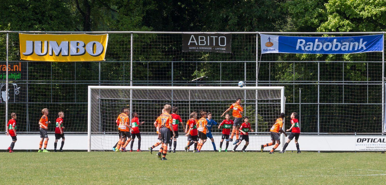TopParken Tournament U14 - Internationaal voetbaltoernooi in Lunteren