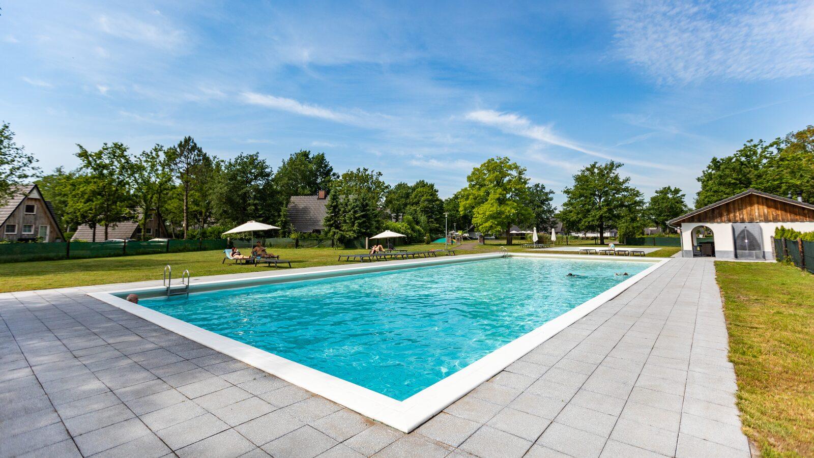 Pool 🏊