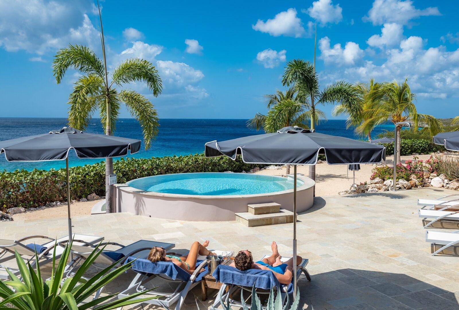 Pool Curacao