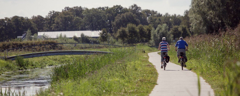 Fahrrad fahren und wandern