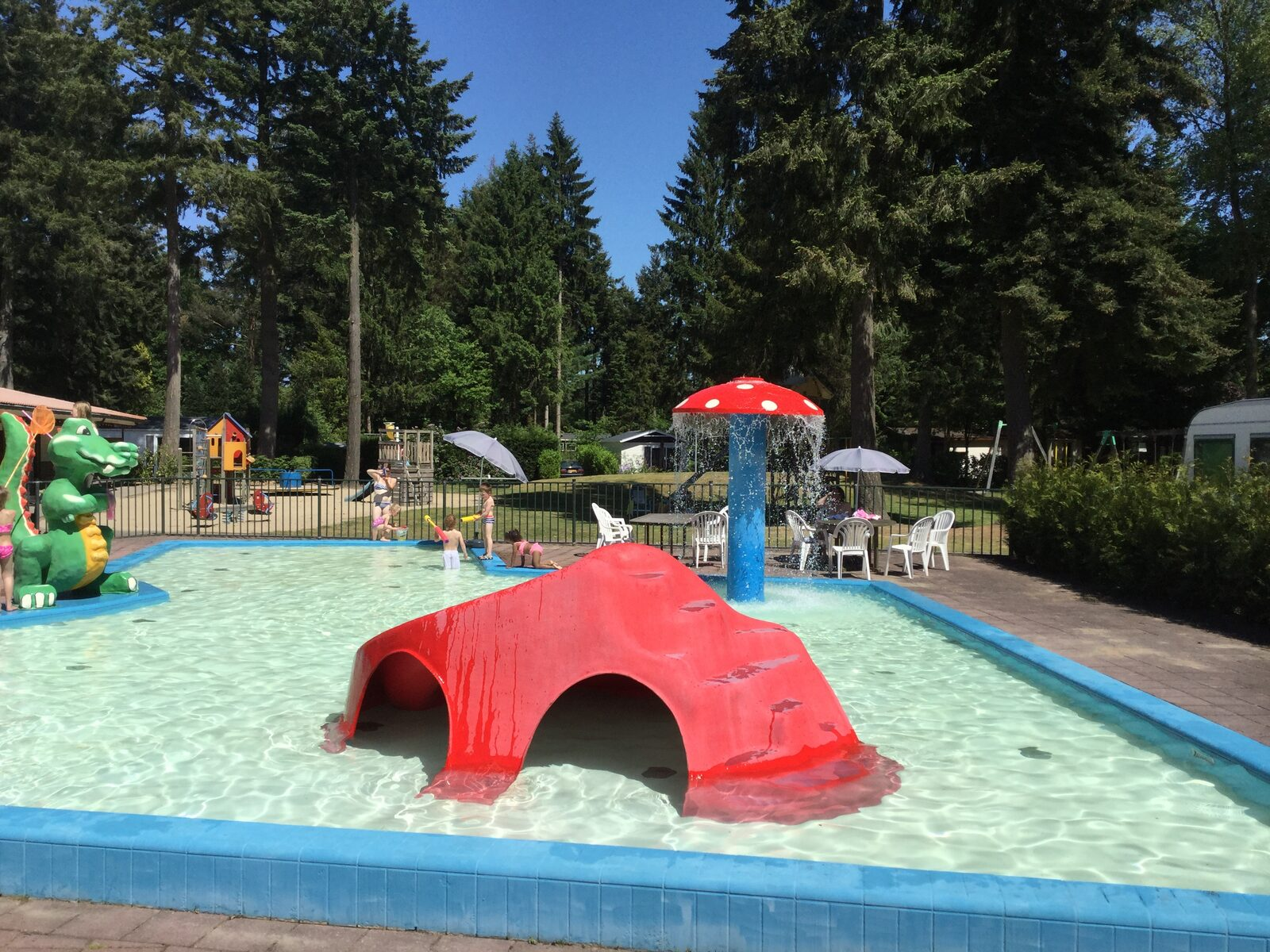 Kinderbad en Speeltuin