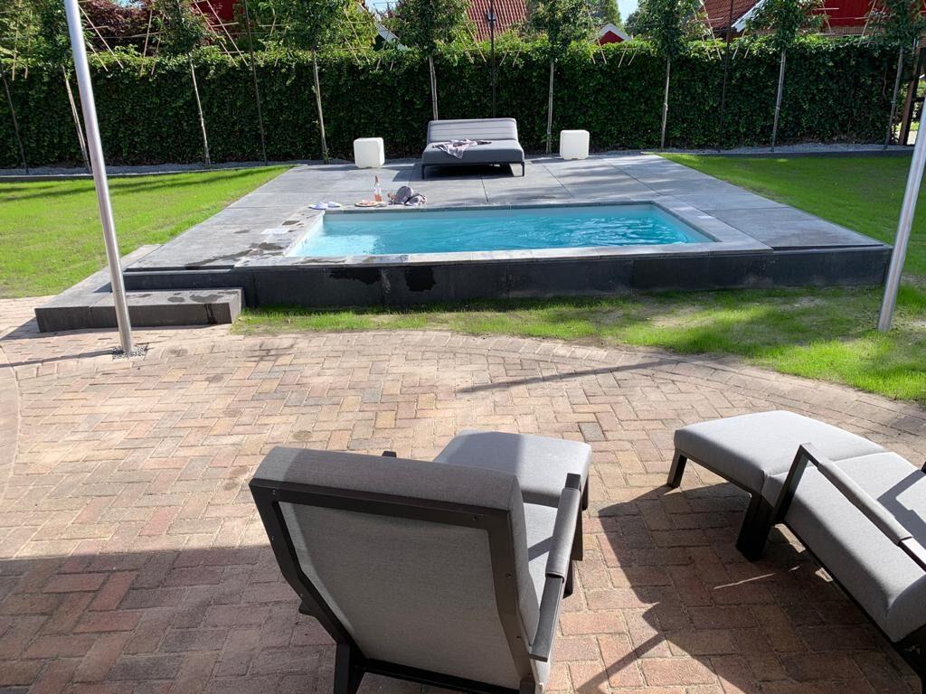 Een verwarmd privé zwembad? Ook dat kan, wij hebben 2 huizen met deze faciliteit.