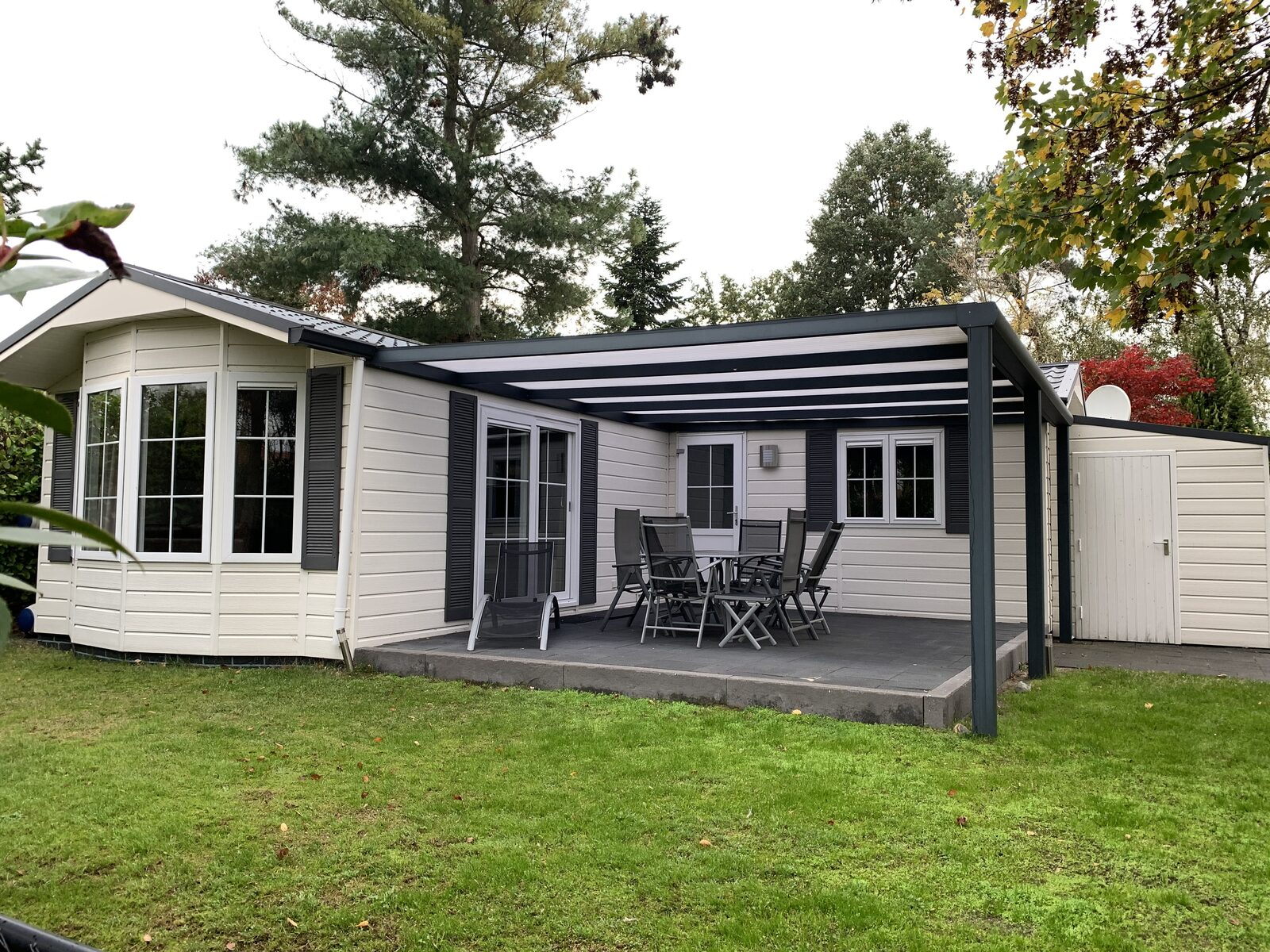 Luxe L-chalet